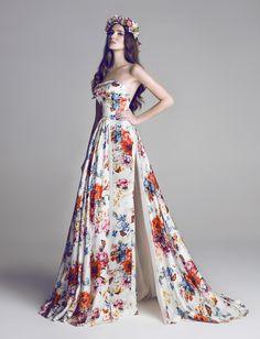 Hamda Al Fahim dresses | Royal Roaster