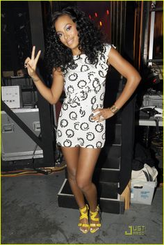 solange knowles | Solange Knowles Does FNTMV | solange knowles fnmtv 01 - Photo Gallery ...