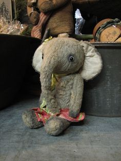Ollie by Marjan Jorritsma of Tonnibears  SharonRenningersGatherings.com