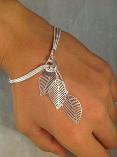 Sterling Silver fine thin leaf bracrlet