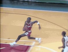 Check out all the awesome michael jordan gifs on WiffleGif. Including all the basketball gifs, jordan gifs, and air jordan gifs. Basketball Legends, Sports Basketball, Basketball Players, Basketball Drills, Michael Jordan Basketball, Michael Jordan Gif, Michael Jordan Dunking, Jeffrey Jordan, Slam Dunk