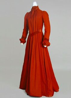Aesthetic Dress, ca. 1890s  via Wisconsin Historical Society  The Aesthetic Dress movement rejected the constricting and highly decorated fashions of the time, as well as rejecting certain moral and artistic values