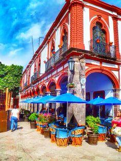 Jiquilpan Michoacan pueblo magico. Los portales.Mexico