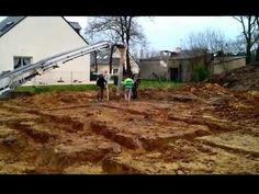 Le coulage des fondations - http://surzurcmo.monblogmaison.com/le-coulage-des-fondations/