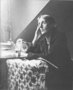 Virginia Woolf à Monks House (Virginia Woolf Society of Great Britain).jpg