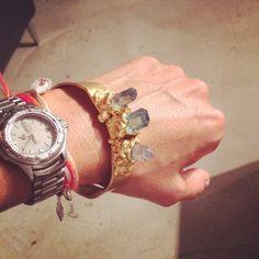 Powerful, gold plated with acqua quartz crystals ... #bracelet#quartz#auraquartz#goldplated