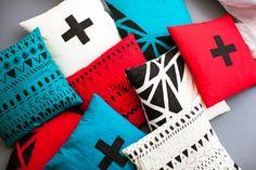 DIY these geometric painted throw pillows—sooo easy.