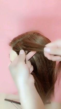 diy hairstyles easy hairstyles for long hair videos Easy Hairstyles For Long Hair, Braided Hairstyles, Medium Hair Styles, Curly Hair Styles, Girl Hair Dos, Hair Upstyles, Hair Videos, Hairstyles Videos, Long Hair Video