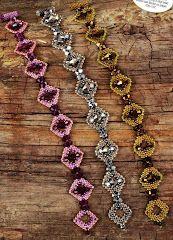 Beading Tutorials, Beading Patterns, Beaded Jewelry, Beaded Bracelets, Peyote Beading, Christmas Jewelry, Beads And Wire, B & B, Bracelet Patterns