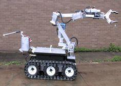 무장범 총 빼앗은 폭탄처리로봇 -테크홀릭 http://techholic.co.kr/archives/60425