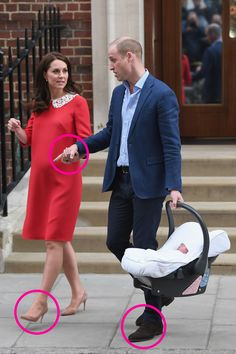 Body Language Experts Analyze Prince William and Kate With Their New Baby goodhousemag