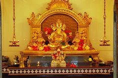 Malvan guide: Jay Ganesh Temple. The unique fact about this temple is that, the Ganesh idol is made of Gold.