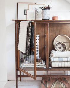 Vintage  Country Chic Storage Sideboard Cabinet Cupboard Display Timber Wood