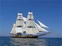 Brig Niagara at sail