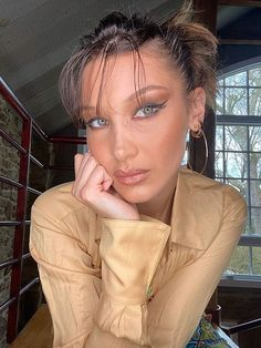 Bella Hadid Malibu High School, Yearbook Photos, Perfect Foundation, Even Skin Tone, Jawline, Best Anti Aging, Skin Firming, Beauty Photos, Bella Hadid