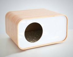 Cat furniture shouldn't be boring.This Modern Cat House / Cat Cave / Cat Bed by modernmews is anything but. Pet Beds, Dog Bed, The Dog Star, Cat House Diy, Kitty House, Cat Cave, Photo Chat, Cat Room, Pet Furniture