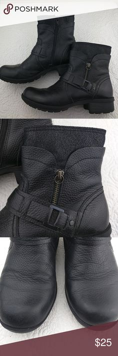 Clarks black boots Excellent condition the only thing is that the front is peeling a bit.  I put black paste and you can't really tell. Very comfortable. Clarks Shoes Ankle Boots & Booties