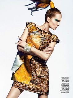 Editorial. Fashion. love the dress :)