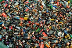 The proportion of lead acid batteries collected to meet battery recycling targets has fallen, figures for the first half of 2016 published this week (31 August) suggest.