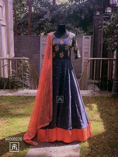 Pretty anarkali Indian Gowns, Indian Attire, Indian Outfits, Indian Clothes, Indian Wear, Anarkali Dress, Anarkali Suits, Lehenga, Sarees