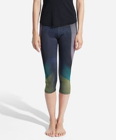 Linear print pedal-pusher leggings - OYSHO