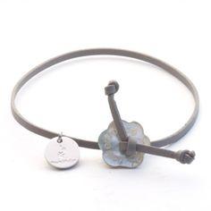 Bracelet en cuir fin et nacre
