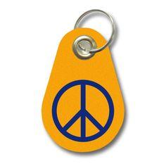 Schlüsselanhänger Peace Zeichen. Filz Schlüsselanhänger mit einem Peace Zeichen als Aufdruck