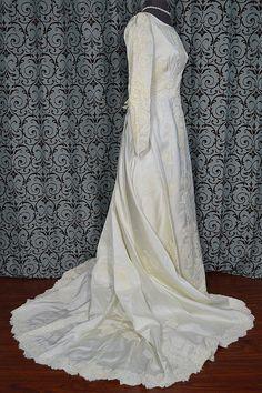 Vintage 1950s Ivory Satin & Alencon Lace by VintageWedding1, $275.00