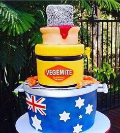 How do you make a cake that's more Australian than a lamington? Make a cake that's a lamington, a jar of Vegemite, a meat pie, the Aussie flag, and prawns Australian Memes, Aussie Memes, Australian Food, Australia Cake, Australia Funny, Iconic Australia, Happy Australia Day, Perth Australia, Western Australia