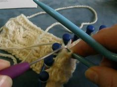 Loom Knitted Cables: Part I (cables on the Knifty Knitter) Round Loom Knitting, Loom Knitting Stitches, Knifty Knitter, Loom Knitting Projects, Knitting Videos, Yarn Projects, Knitting Yarn, Knitting Tutorials, Loom Crochet