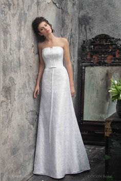 A classic wedding dress Strapless A-line Stunning by CoconBridal