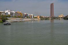 Torre Pelli y Barrio de Triana
