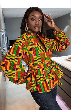 Outfit Entari African Print Tops for Women - Shawl Collar Peplum Wrap blouse - Kenya Blouse Wrap, Blouse Sexy, African Clothing Stores, African Inspired Clothing, Clothing Styles, African Print Skirt, African Print Fashion, Africa Fashion, Short African Dresses