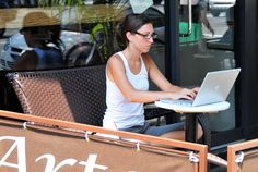 Starting your Own Business and Cheap Ways to Start Marketing Online - http://www.creativeguerrillamarketing.com/advertising/starting-business-cheap-ways-start-marketing-online/