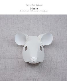 Curved fold origami-Animal mask made by only one pice of paper. Rat Costume, Mouse Costume, Costumes, New Year's Crafts, Paper Crafts, Mouse Mask, Chinese New Year Crafts, Origami Mouse, Origami Animals