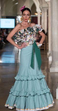Choli Dress, Peplum Dress, Strapless Dress Formal, Formal Dresses, Spanish Fashion, Flamenco Dresses, Organic Cotton, Gowns, Maxis