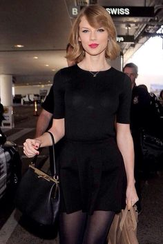 Taylor Swift short hair