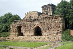 Leicester's Jewry Wall is among the largest pieces of surviving Roman architecture in Britain - but have you ever wondered what happened to the rest of it? The answer is that some of the wall. Leicester England, Roman Britain, Brick In The Wall, Roman Architecture, Saint Nicholas, Great British, Romans, Barcelona Cathedral, Israel
