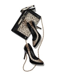 #whbm #feelbeautiful great shoes and purse to accessories