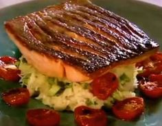 Gordon Ramsay's Crispy Salmon Try this delicious looking salmon any time you are up for a quick and easy to prepare seafood meal. A beautiful dish! https://www.pinterest.com/busyqueen4u/pinterest-group-u-pin-it-here/