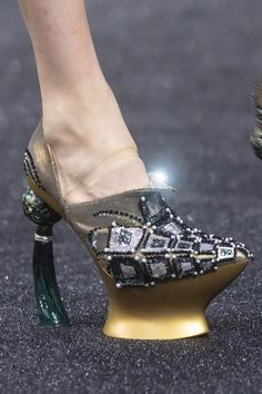Guo Pei at Couture Spring 2019 - Details Runway Photos High Heel Boots, High Heels, Guo Pei, Fan Bingbing, Costume Rings, Fab Shoes, Heeled Mules, Peep Toe, Fashion Accessories