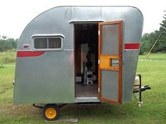 so tiny and cute....Vintage 1954 vintage Beemer Camper Trailer
