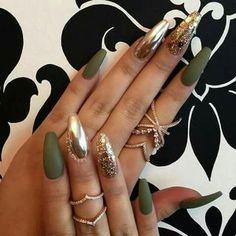 Khaki Nails
