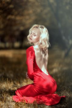 Blonde in red dress sesual photography sexy beautiful summer feelings emotions