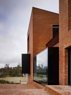House on Church Road by Hall McKnight Brick Architecture, Architecture Wallpaper, Amazing Architecture, Interior Design Northern Ireland, Prefabricated Houses, Brick Facade, Brick Building, Design Furniture, Modern House Design