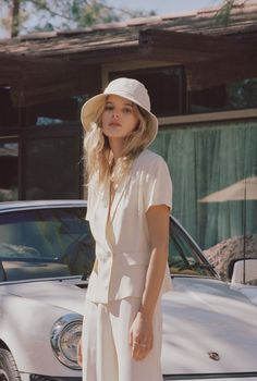 6369fa4b68e95 21 Best Bucket Hat Outfit images