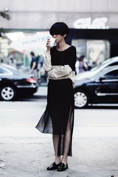 Korean street style Her Style, Black Loafers, Gucci Loafers, Morning Coffe,  Korean dca91443869