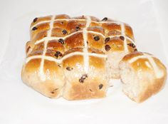 Lauren In Blue: Thermomix Hot Cross Buns!