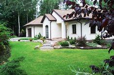 Elewacje Zuzzy: Czekoladowe dachy, ciemne okna - letni deser Bungalow House Plans, Home Fashion, Gazebo, Outdoor Structures, Cabin, Mansions, House Styles, Home Decor, Deck Gazebo