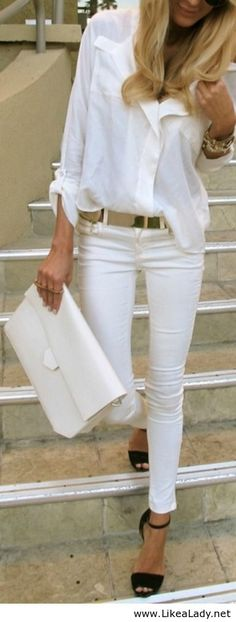 Street style in white